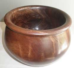 240---Walnut-bowl